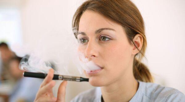 E-cigarettes and Oral Health