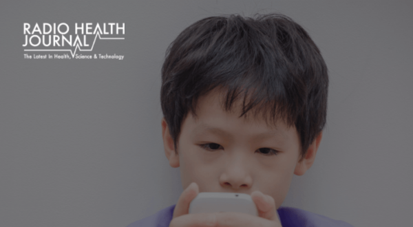 When Should Kids Get a Phone?